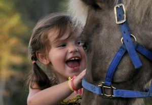 Nelle mani di bambini e ragazzi il futuro del benessere equino
