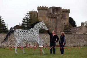 Un'opera d'arte per commemorare il sacrificio dei cavalli durante la Grande Guerra